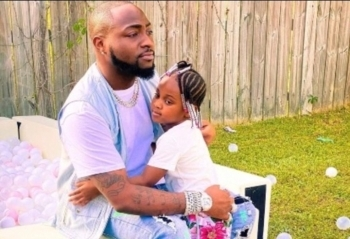 Check Out This Funny Phone Conversation Between Davido And His Second Daughter, Hailey (Photo)
